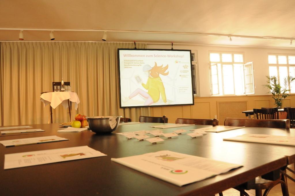 Serena Science Workshop. Bild: Stephanie Pletsch